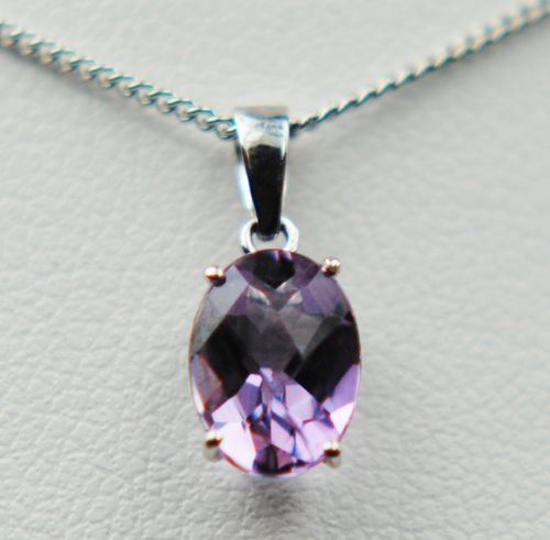 Amethyst 9 Carat White Gold necklace GP508M